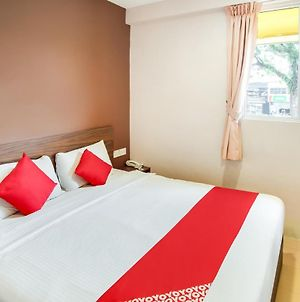 Oyo 89480 Dream House Hotel photos Room