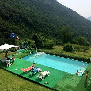 Lake View Chalet In Lombardy With Swimming Pool photos Exterior