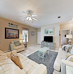 New Listing! Coastal Charmer With Luxe Amenities Condo photos Exterior