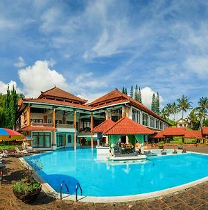 Royal Trawas Hotel & Cottages photos Exterior