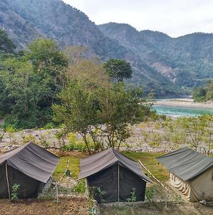 Real Adventure Guru Camp photos Exterior