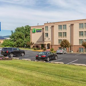 Holiday Inn Express Harrisburg Sw - Mechanicsburg photos Exterior