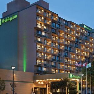 Holiday Inn Toronto - Yorkdale photos Exterior