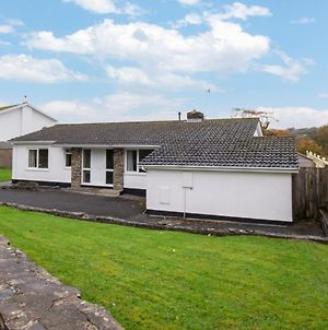 Spacious Holiday Home In Saundersfoot With Garden photos Exterior