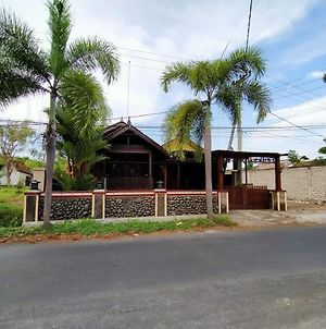 Jati Classic Homestay photos Exterior