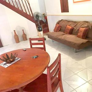 House With 3 Bedrooms In Pointe Noire With Furnished Terrace And Wifi 2 Km From The Beach photos Exterior
