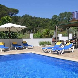 Lloret De Mar Villa Sleeps 10 photos Exterior