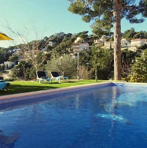 Lloret De Mar Villa Sleeps 4 Pool Wifi photos Exterior