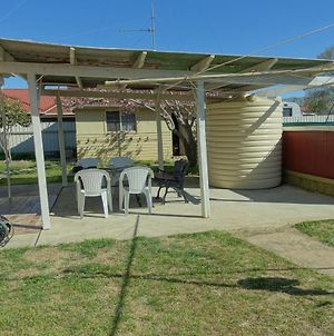 Budget In Goulburn photos Exterior