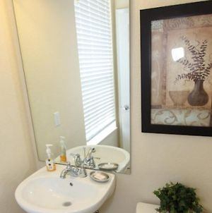 Disney On Budget - Vista Cay Resort - Welcome To Cozy 3 Beds 4 Baths Townhome - 7 Miles To Disney photos Exterior