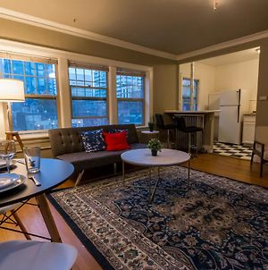 Renu Seattle-Cute, Cozy And Historical photos Exterior