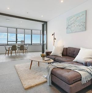 High-End And Waterfront 2Br Apartment Close To Olympic Park In Wentworth Point photos Exterior