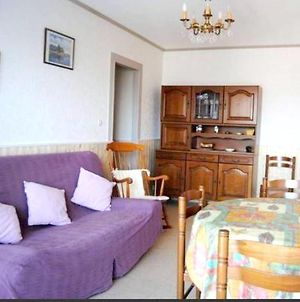 Apartment With 2 Bedrooms In Villerssurmer With Wonderful Sea View 150 M From The Beach photos Exterior