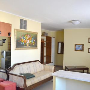 Apartment With One Bedroom In Reggio Di Calabria With Terrace And Wifi 2 Km From The Beach photos Exterior