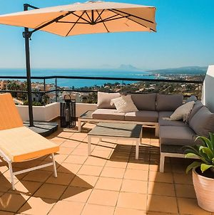 Lets In The Sun 3 Bed Town House With Panoramic Views photos Exterior