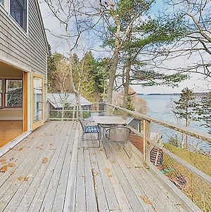 New Listing! Waterfront Hideaway With Modern Updates Cottage photos Exterior