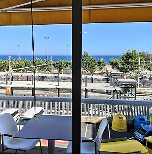Luxury Apartment Accommodation, Next To Beach & Train Station Calella photos Exterior