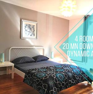 Barry 4 Bedroom Apartment Cote-Des-Neiges 20 Mins To Downtown photos Exterior