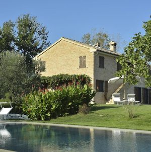 Tranquil Villa In Recanati Italy With Private Pool photos Exterior