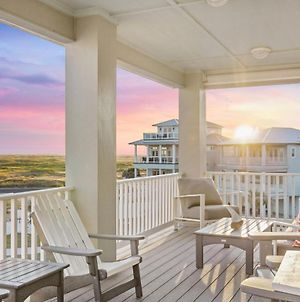 Gulf-View New-Build With Pool & On-Site Beach Access Home photos Exterior