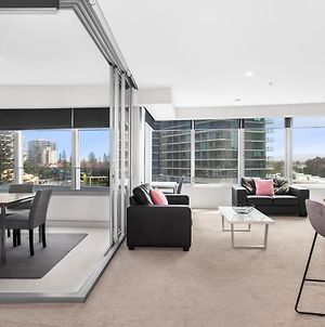 Sleek Suite In The Heart Of Surfers Paradise photos Exterior