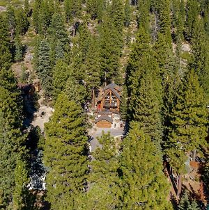 New Listing! Luxe Cabin With Private Master Suite Home photos Exterior