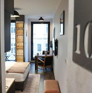 Boutique 109 - Old City, Luxury Apt. With A Garage photos Exterior