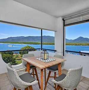 Luxury Cairns Penthouse Apt With Ocean Views photos Exterior
