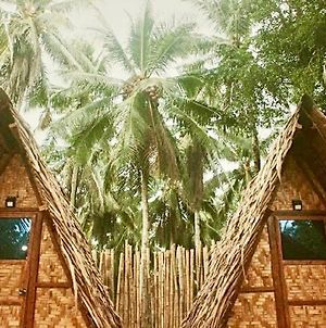 """Triangle Hut"" Camp Fuego Siargao photos Exterior"