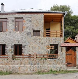 3+2 Dilijan Guest House photos Exterior