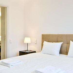 Newly-Luxury-Renovated Suite In Glyfada Centre photos Exterior