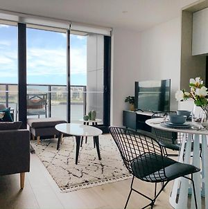 Waterfront Apt On Melbourne'S Collins Street#2 photos Exterior