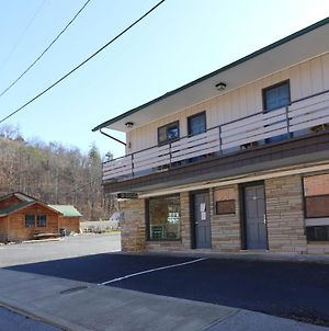 Travelodge By Wyndham Downtown Gatlinburg photos Exterior