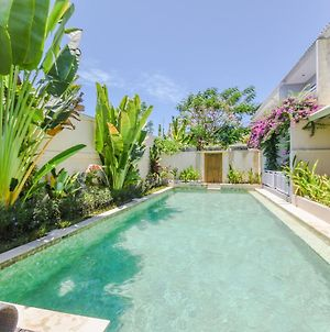 Flamboyan Apartments Sanur photos Exterior