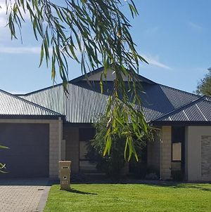 Beachfields Guest House Busselton photos Exterior