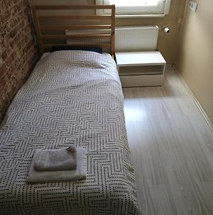 Rooms And Sofabeds In Shared Apartment photos Exterior
