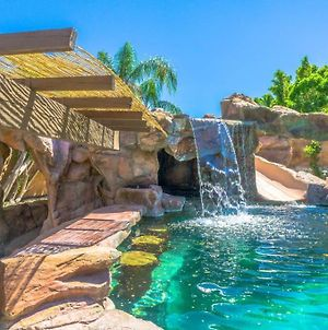 Rockstar Ps Oasis! Pool+Grotto+Golf!! The Best! photos Exterior