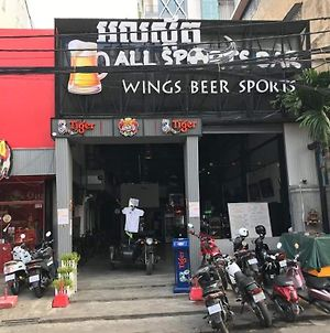 All Sports Backpackers photos Exterior