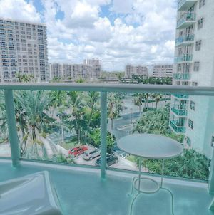 Miami Hollywood Comfortable One Bedroom On The Beach 003-1Bvic photos Exterior
