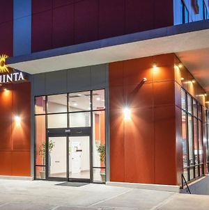 La Quinta Inn And Suites By Wyndham Long Island City photos Exterior
