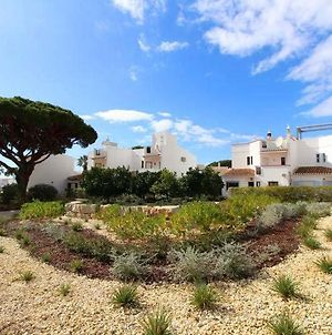 Vale Do Lobo Villa Sleeps 6 T607838 photos Exterior