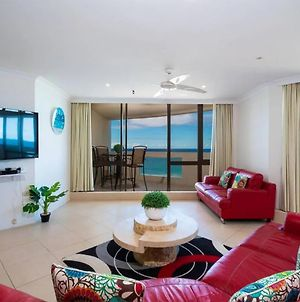 3 Bedroom Apartment - Panoramic Ocean Views photos Exterior