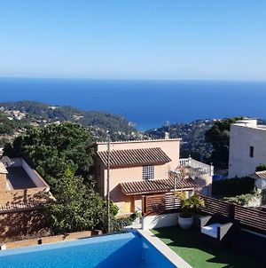 Lloret De Mar Villa Sleeps 7 Pool Wifi photos Exterior