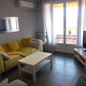Cannes Apartment Sleeps 5 Wifi T692736 photos Exterior