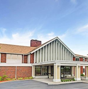 Ramada By Wyndham Seekonk Providence Area photos Exterior