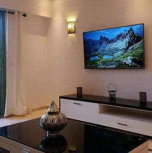 Deluxe Apartment In The Center Of The City photos Exterior