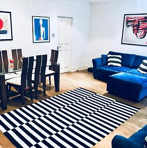 Chic Two Bed Two Bathroom Apt In Prime Chelsea photos Exterior