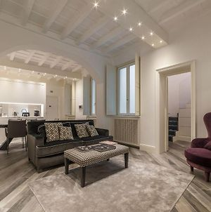Ara Pacis Luxury Apartment photos Exterior