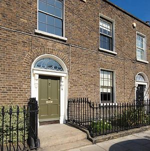 Period Townhouse With A Contemporary Irish Design photos Exterior