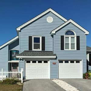 Oceanfront! Relax On Quiet North Beach With Romantic Sunsets!! photos Exterior